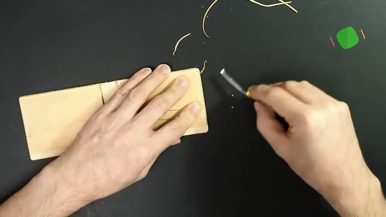 迷你轻巧短皮夾DIY制作教程