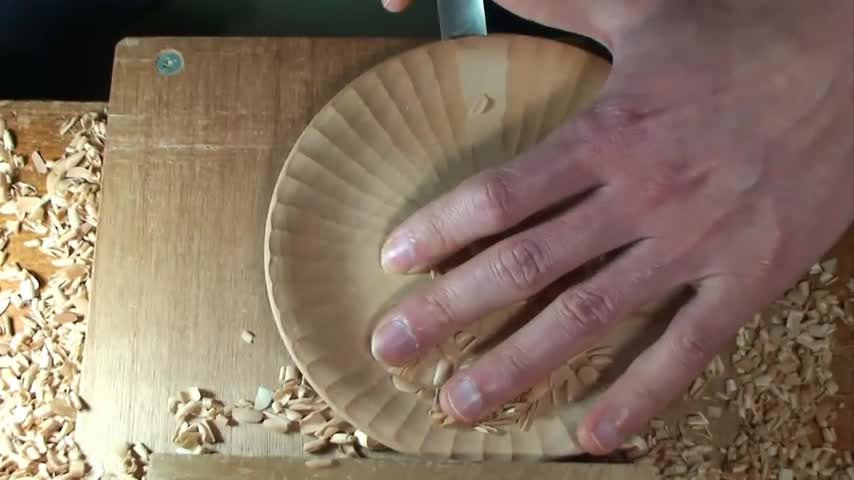 菊皿 KIKUZARA - 手工雕刻实木茶盘(木盘)
