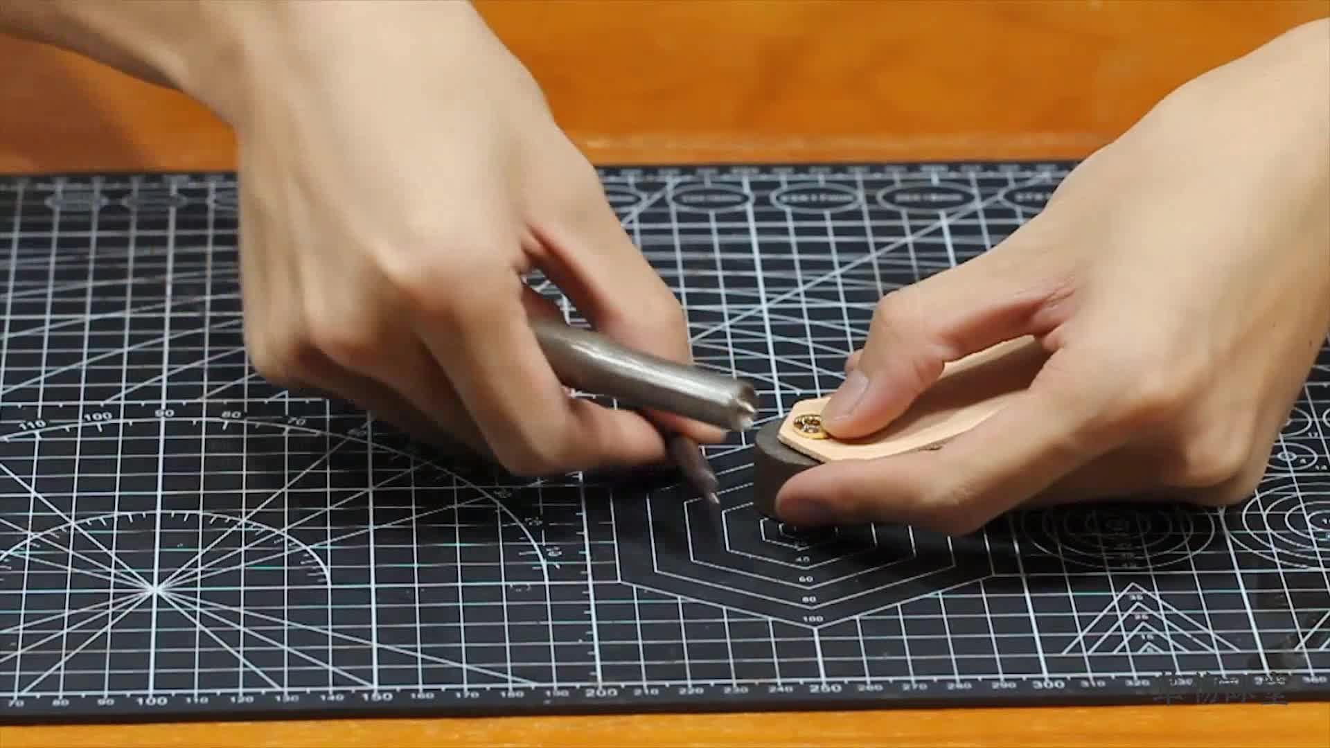 手工皮具 | 皮具四合扣的安装方法及注意点