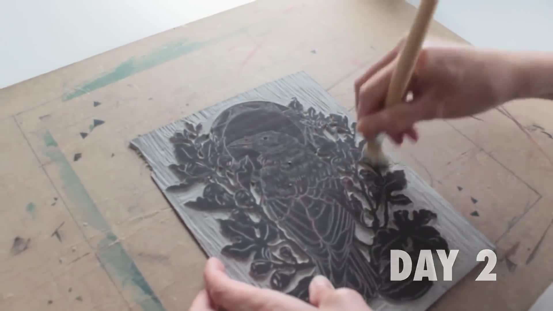 油毡版画/麻胶版画雕刻与印刷短片 - Maarit Hänninen