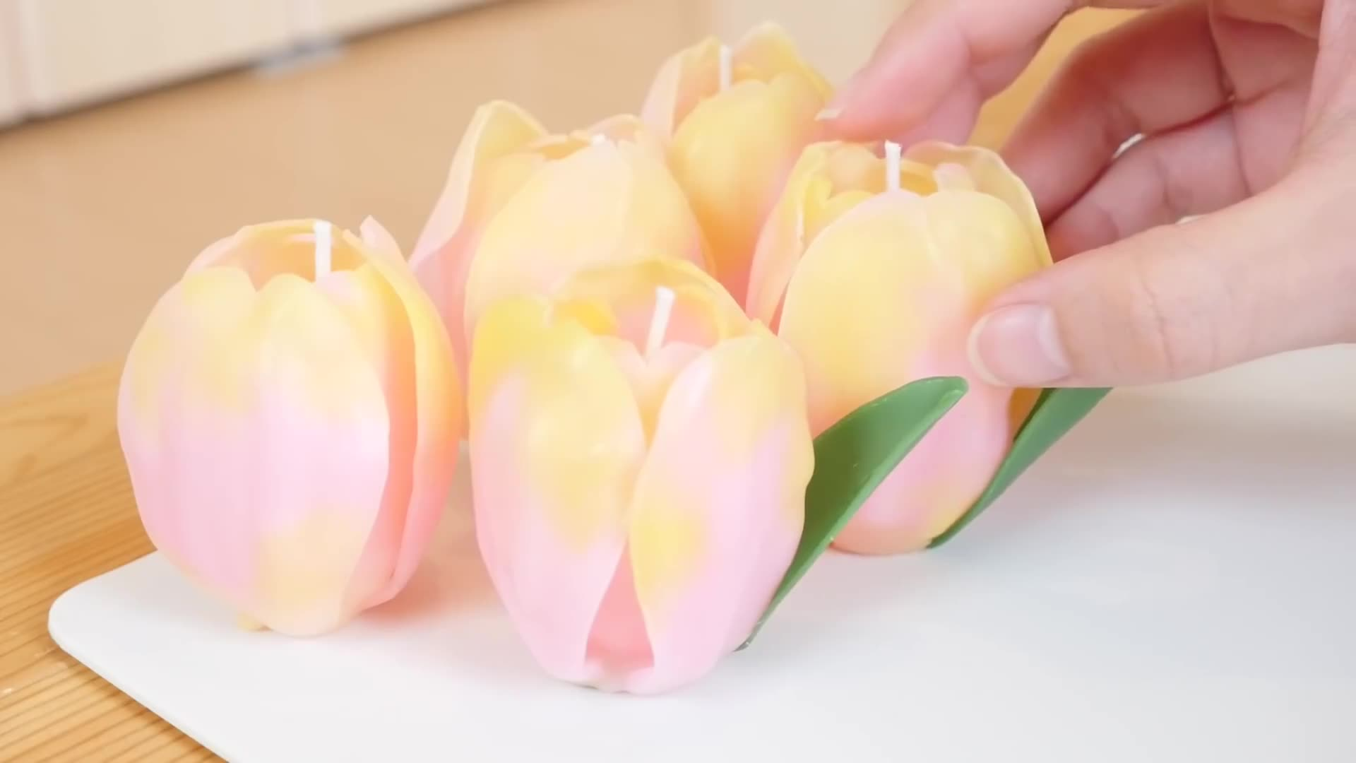 DIY粉色郁金香造型手工蜡烛 / diy craft tulips candle