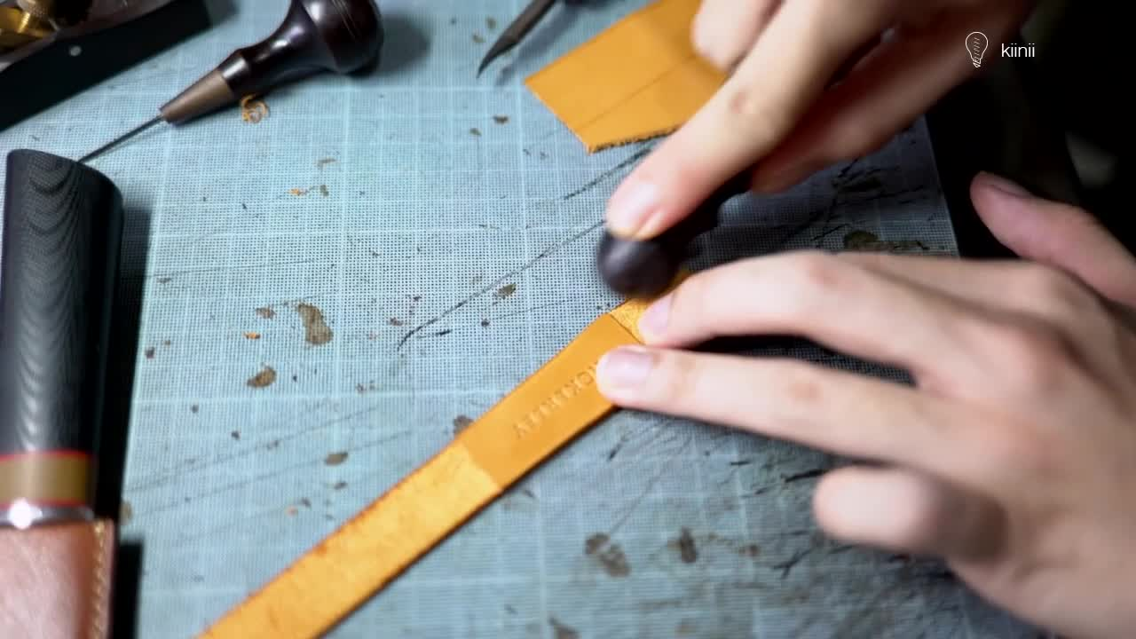 DIY手工皮具制作教程:制作一条简约风的真皮表带