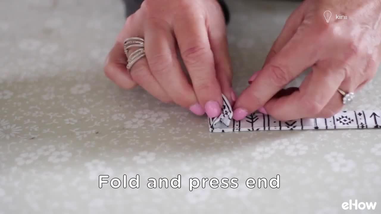 布艺缝纫diy教程:如何简单的缝一条挂绳(图解+视频)